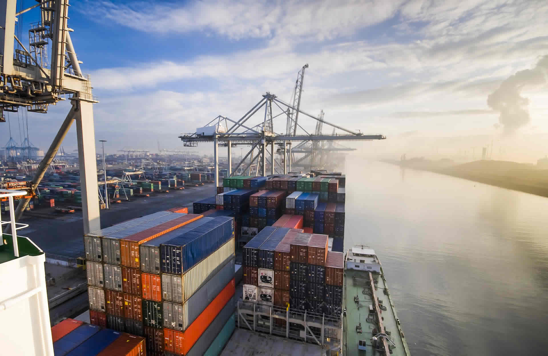 On course for collision – the dangers of lost shipping containers